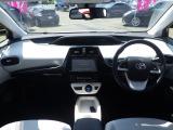 プリウス 1.8 A ツーリングセレクション E-Four 4WD