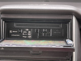 ☆SDナビ地デジTV付きで走行中も映ります。Bluetoothも付いていてハンズフリー通話もできます♪CD録音もできDVD視聴もでき◎お問い合わせはTEL06-6430-1230 E-mail cars_gen