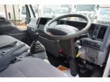 エルフ 3.0 ダブルキャブ フルフラットロー ディーゼル 4WD 1.5t Wタイヤ