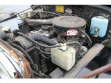 エアクリーナーケースに錆はありますが、エンジン本体・ラジエターに不具合は見られません。