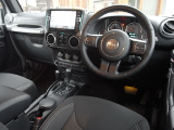 ジープ・ラングラーアンリミテッド サハラ 4WD リフトアップKIT専用アルパインナビTV