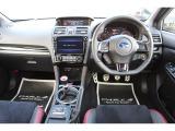 WRX STI 2.0 タイプS 4WD ワンオーナー 8型ビルトインナビ