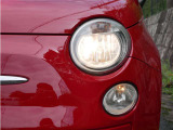 【ハロゲンライト】暗い夜道や視界の悪い日でも快適なドライブが可能です。『LED』や『HID』といったさらに明るくスタイリッシュなヘッドライトにもOPで変更可能です。