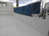 過酷な状況で使用される商業者、手をかけ溶材などを取り除き、綺麗に磨き塗装します!