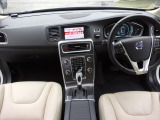 V60 T4 ラグジュアリーエディション ナビ,TV,Bモニター