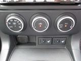 オートエアコン&シートヒーター機能付きで簡単操作で快適です。