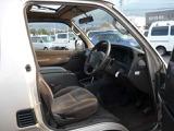 トヨタ ハイエース 3.0 スーパーカスタム トリプルムーンルーフ ディーゼル