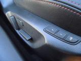 運転席はシート位置を記憶できるメモリー機能搭載型のパワーシートです!