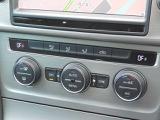 2ゾーンフルオートエアコンディショナー。運転席・助手席それぞれ独立して温度・風量をコントロール。フレッシュエアフィルターで花粉やダストを除去し快適な室内空間を保ちます。
