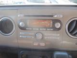 アルトラパンに付いているオーディオは標準仕様のCDプレーヤー・AM/FMチューナー付です。お好みの音楽を聞きながらのドライブは楽しさ倍増ですね♪
