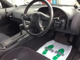 綺麗な車内  写真はATですが、5MTへ換装し公認を取得して納車となります。