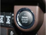 スマートエントリーキーは、ポケットやセカンドバックの中でもドアの開閉&エンジンスタートOKです♪