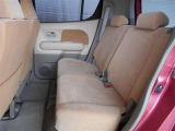 トヨタU-Car「まるまるクリン」施工済。外装はもちろん内装はシートを外して見えない所まで徹底洗浄しています。