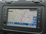 Volkswagen純正ナビゲーションシステム512SDCW。ワイド7型VGAディスプレイ。ワンセグTVチューナー、CDプレーヤー、Bluetooth、FM/AMラジオを装備。