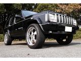 クライスラー ジープ・チェロキー リミテッド 4WD