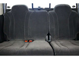 2列目シート付き☆リアシートドリンクホルダー付き☆★リアシートは成人男性でもゆったり座っていただける居住空間になります★