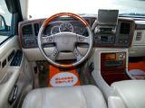 キャデラック エスカレード 6.0 ESV 4WD
