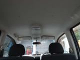 ゆとりの車内です。