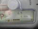 《インパネ周り》走行距離、燃費消費量、走行可能距離の予測値、平均速度、現在の燃費消費率など、さまざまな情報を表示するオンボードコンピューター!!