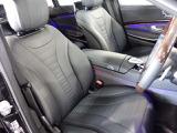 ☆メルセデスのシートは、少し硬めに出来ておりますので、長時間の運転でも疲れにくく、安全にドライビングをお楽しみ頂けます。