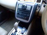 快適なドライブにオートエアコン!ご希望の温度に設定をするだけで、頻繁にスイッチ操作をすることなく自動的に車内を快適温度にしてくれます!前席シートヒーター!