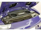 4000cc水平対向6気筒エンジン(500馬力)です。