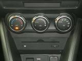オートエアコン温度を設定すれば自動的に風量が調整できるオートエアコンを装備!車内も快適ですね!