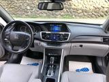 運転席廻り 写真にはございませんがスマートキー2個 オーナーマニュアルございます。 安全機能面ではFCW FDWなども装着されております。