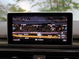 ●アウディ・マルチメディア・インターフェイスは、ナビゲーションやオーディオ機能だけでなく、車両の様々な設定が行える最先端のインターフェイスユニットです。