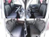車内はどの席も広々と快適に過ごせる広さがあります♪
