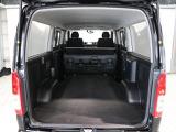 セカンドシートを格納すればさらに広くここまで大きなラゲージスペースが!たっぷり積載可能で便利ですよね!