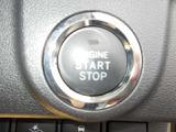 プッシュスタ-トです♪ ワンプッシュでエンジンを操作するので、●簡単スムーズ●ですね(^^)/