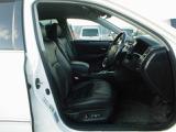 自社認証工場でプロの整備士が車検・整備・点検をおこない納車致します。
