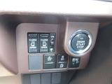 プッシュボタンでエンジンが始動します☆また、ボタン一つで開け閉めできます☆両側パワースライドドア付きです♪