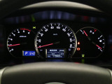見やすいメーターパネル、エコドライブに挑戦!