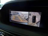 リバース連動型のバックカメラは、精度が良く、バックや縦列駐車もストレスなく止められます。
