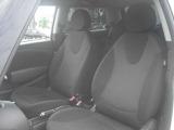 助手席側のシートは運転席以上に使用感が少くないので状態としては運転席以上に良好です!!
