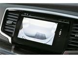 初めてのお車でも安心のバックカメラ付き☆ナビ画面から後方確認が可能です!