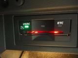 ETC車載機付きでECOでスムーズに高速道路に乗れます。