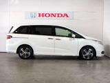 Honda中古車商品化整備基準に基づき当社サービススタッフが車検整備をいたします。エンジンオイル・ワイパーゴム・その他消耗品を交換いたします。