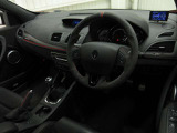 トルク、ブレーキ圧、スロットル開度などの情報が見れるR.Sモニターを装備しております!