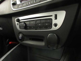 CD、FM/AMに加えBluetooth、USB接続によるミュージック再生が可能でございます!