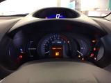メーターは上部にスピードメーター、下部にタコメーターや各種警告灯があります。
