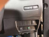 横滑り防止装置&アイドリングストップ装着済み車。