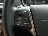 ACC(アダプティブ・クルーズ・コントロール)は一度設定すると、前の車に自動で追従し、前に車がいない場合は自分の設定した速度で巡行します。足の操作がいらないので、高速で使用すると便利な機能です。