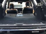使い勝手の良い大きさのトランクルーム。後部座席は前方にフルフラットに倒すことが出来ます。大型の荷物にも対応できます。