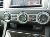 オートエアコン付き!!温度設定だけで快適ドライブをサポート致します!!