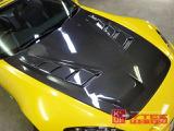 エアロパーツにトヨシマクラフト製カーボンボンネット、ingsフロントバンパー・GTウィング(メーカー不明)が装着されております。