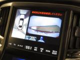 マルチビューモニターは車庫入れの強い味方。 車は構造上、死角がたくさん。でもっ!後退時の死角をチェックするために便利ですよ。 ただし、バックは目視で確認する事が重要ですよネっ☆