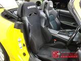 ドライバーズシートはBRIDEセミバケットシートが装着されております。ご希望あればフルバケットシートのご提案も可能です。当社にて試座可能なレカロ多数ございます。